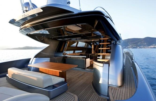 Luxury charter Yacht Rhino -  Aft Deck