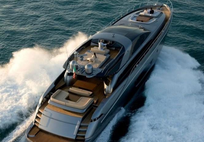 Yacht Rhino -  From Above