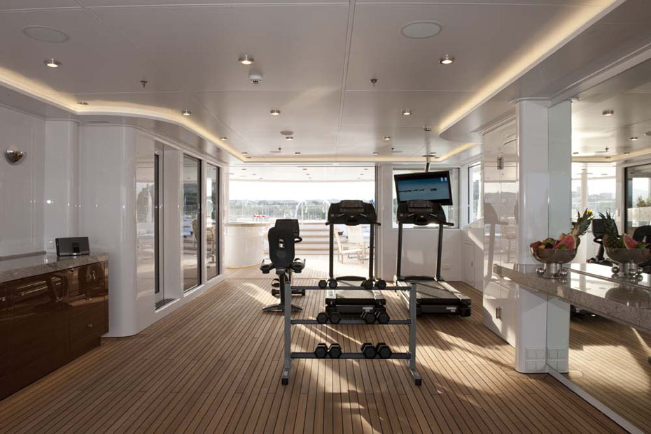 Stay fit aboard charter yacht SOLEMATE