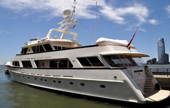125ft luxury yacht Endless Summer (ex Bravo Papa, Emanuel)