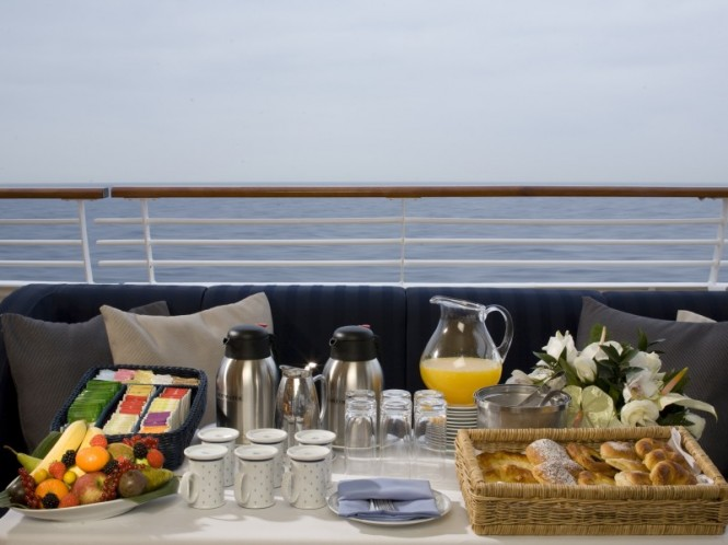 Charter Yacht Sea Dream  - Early Risers