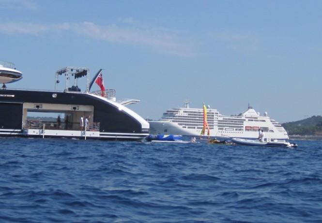 Serene superyacht - water toys