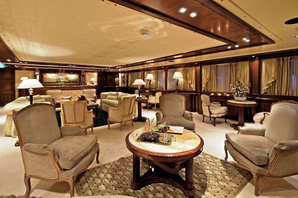 82m motor yacht O'MEGA - Salon