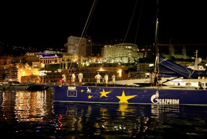 Luxury yacht Esimit Europa 2 by night