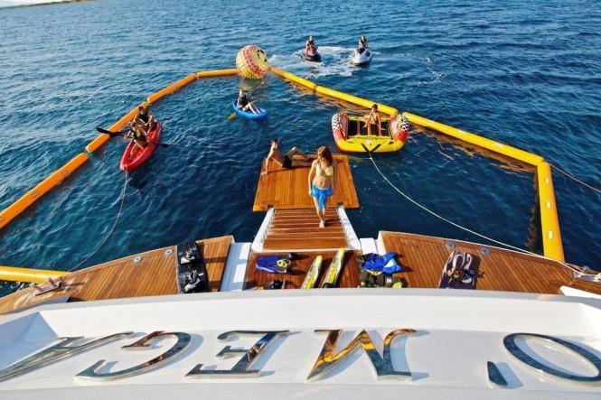 O'Mega Yacht - Toys