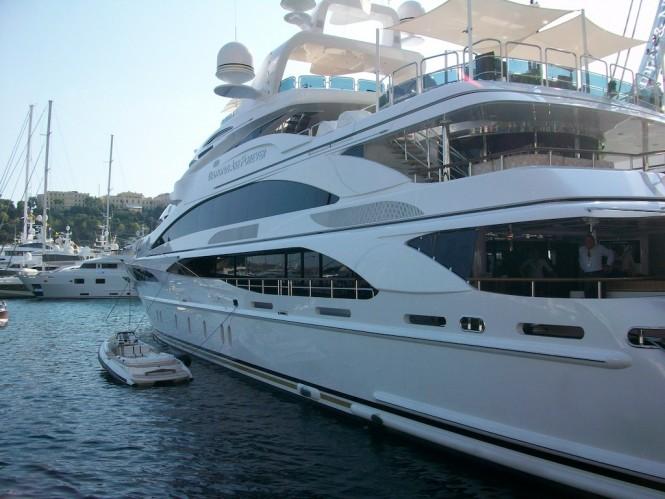 Luxury Motor Yacht Diamonds Are Forever Luxury Yacht