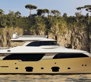 Custom Line in Cannes with superyachts Navetta 26 Crescendo, Navetta 33 Crescendo and Custom Line 100' on display