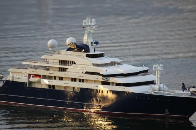 Model of the luxury yacht Octopus