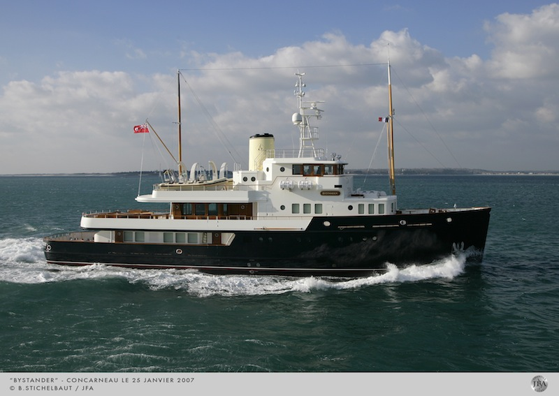 Motor Yacht Bystander winner of the 2007 ISS Awards 'Power 40M - 65M' © B.STICHELBAUT / JFA