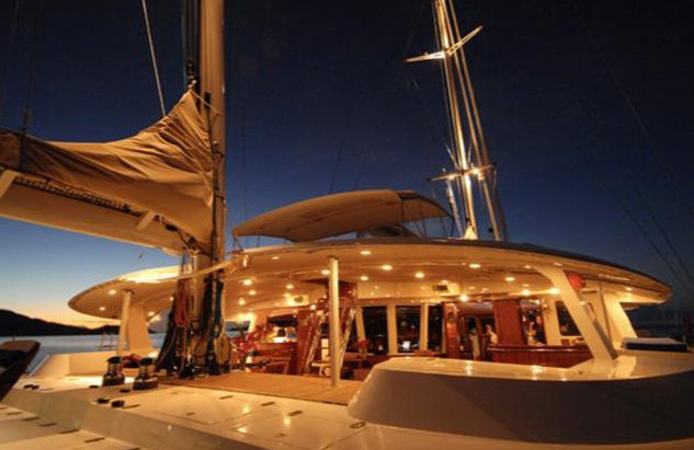 Douce France superyacht by night - Exterior
