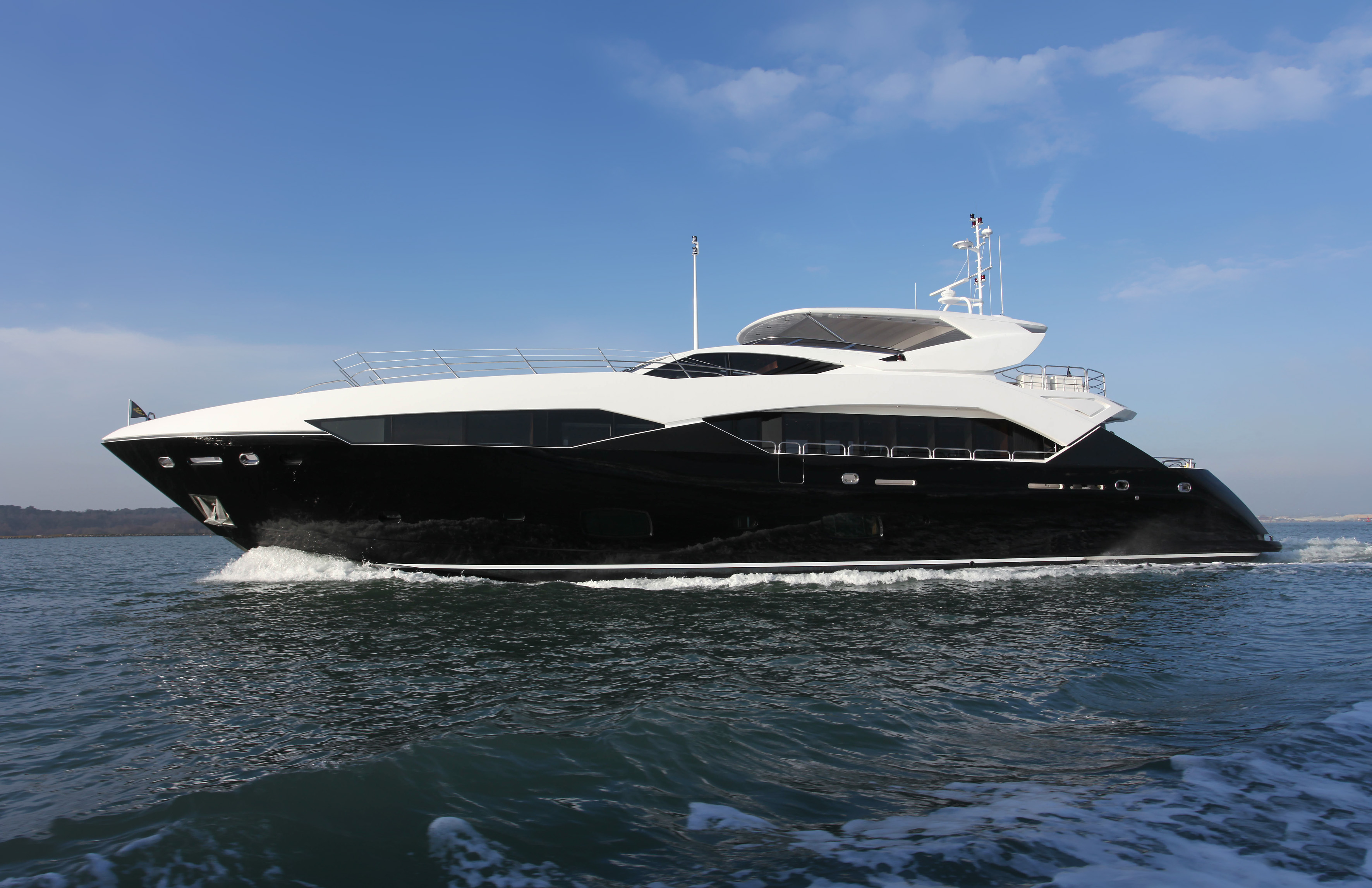 Sunseeker 115 Sport Yacht - Image courtesy of Sunseeker ...