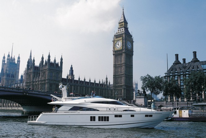 24m luxury motor yacht Squadron 78 Custom by Fairline to be showcased at London Boat Show 2013