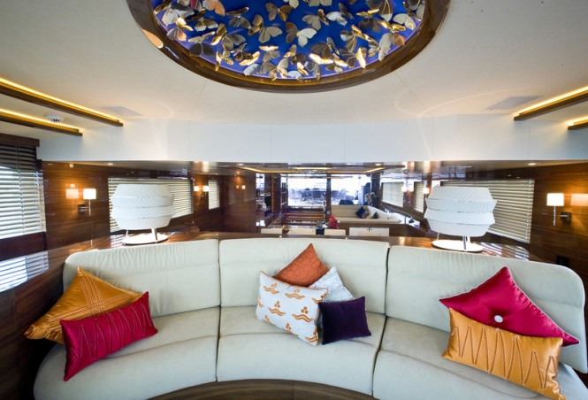60 Years Yacht - Salon - Observation