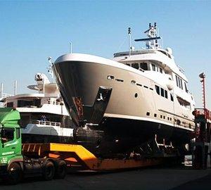 New Horizon EP115 motor yacht TANGO 5 launched