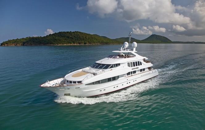 Luxury charter yacht Seven Sins
