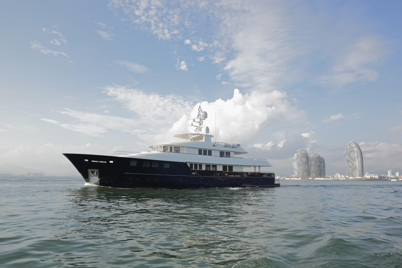 42m Kingship motor yacht Star
