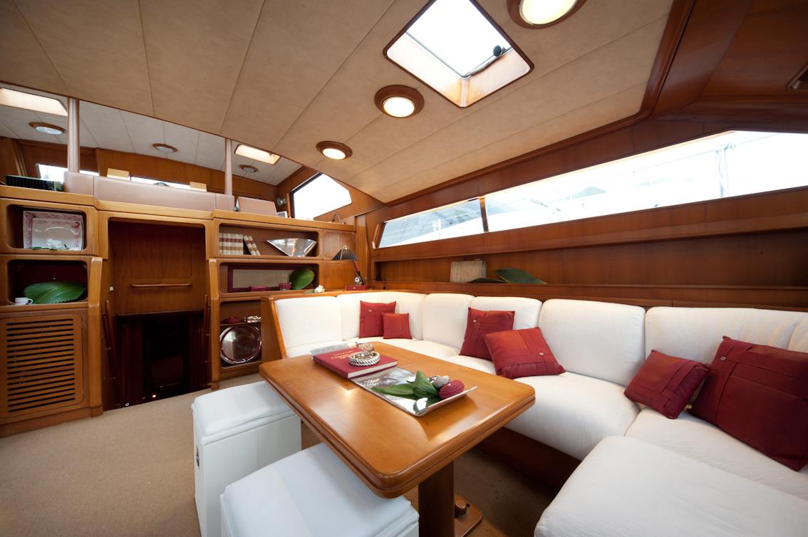 My lotty yacht interior design proposal by giovanna for Interior yates de lujo