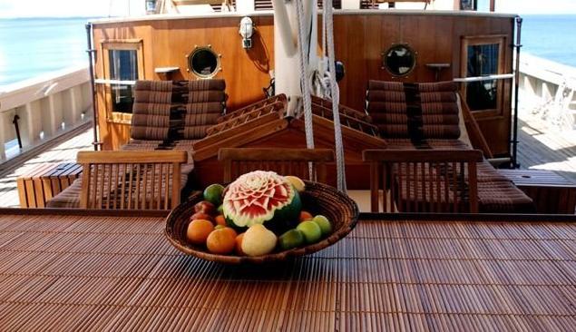 RAJA LAUT luxury charter yacht