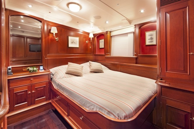 Kamaxitha - Guest cabin starboard aft - Photo by Cory Silken