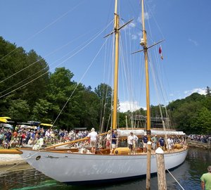 Rockport Marine restored Yacht ADVENTURESS wins Classic Boat 2013 Award