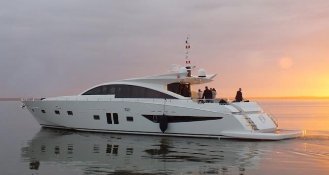 Couach 2800 Open - motor yacht NOE
