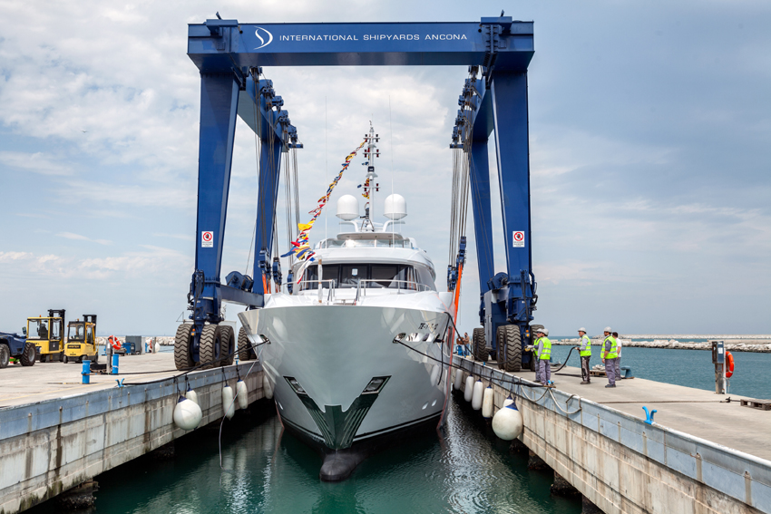 Launch of the 41m Aziza yacht at ISA - Photo by Zitti