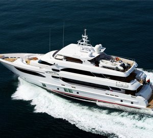 """Gulf Craft's Yacht Majesty 135 Wins as """"Best Asia Built Yacht"""" at Asia Boating Awards 2013"""