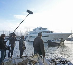 New Discovery Series 'SuperYachts' with participation of Hakvoort Shipyard