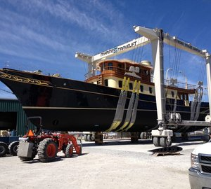 Newly refitted 122' classic motor yacht ATLANTIDE leaves Front Street Shipyard