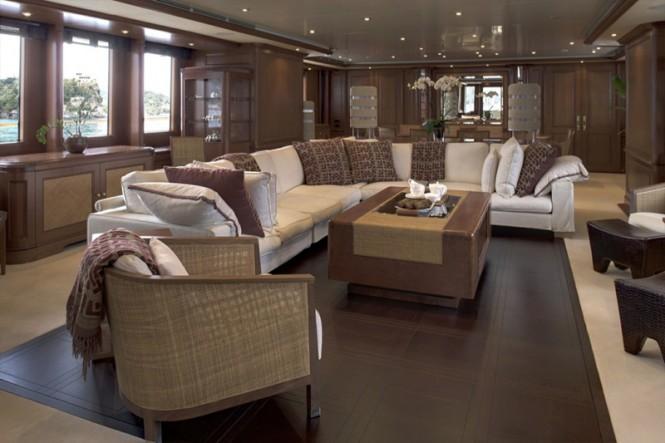 Charter Yacht JO - Main Saloon
