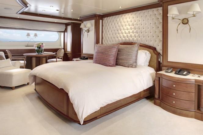 Luxury charter yacht JO - Master Cabin