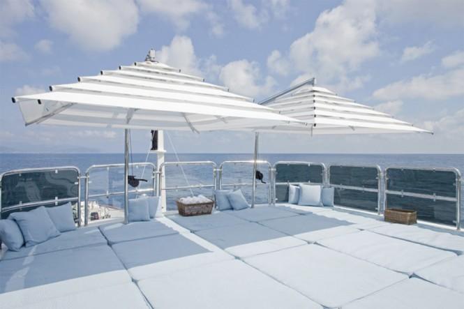 Luxury yacht JO - Sundeck