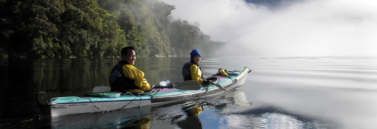 Kayaking in New Zealand - Image credit to New Zealand Tourism Board