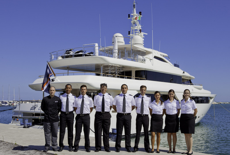 Lady Genyr Yacht with her crew