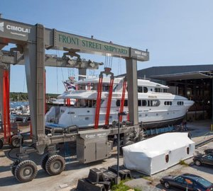 Motor yacht MAGIC starts refit at Front Street Shipyard