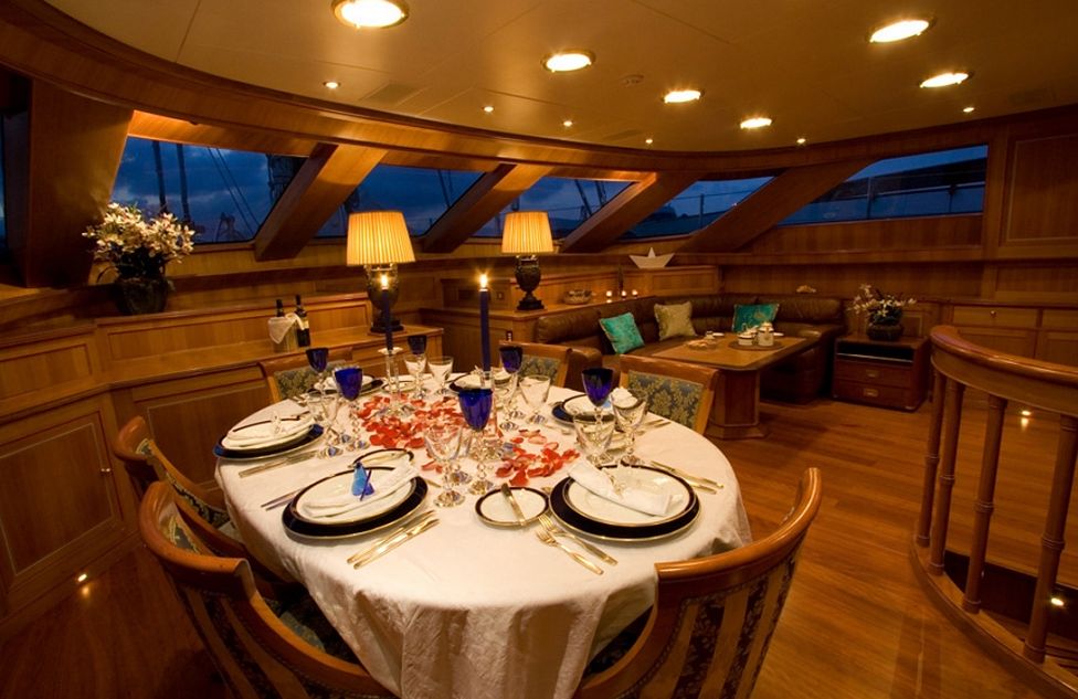 Dining and Saloon - Ellen V charter yacht