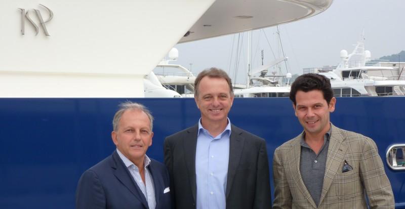 Lucian Bregola, Hein Velema and Michael Mogilevsky
