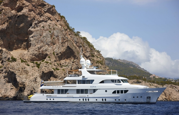 42m Moonen motor yacht Sofia to be showcased at FLIBS 2013