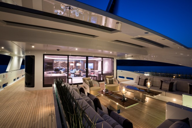 Galactica Star yacht by night - Photo Jeff Brown