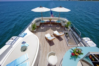 Luxury yacht Diamond Girl -  SunDeck