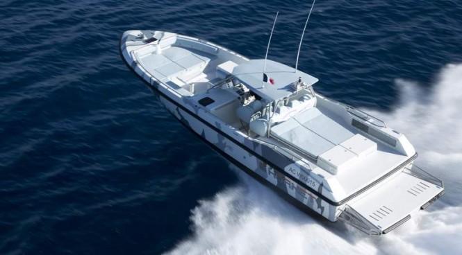COUACH Hornet 1300 superyacht tender - aft view