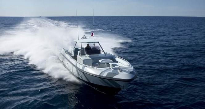 Hornet 1300 yacht tender - front view