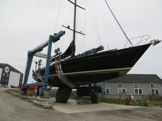 Luxury charter yacht Bristolian (ex Mari Cha II) at Lyman-Morse