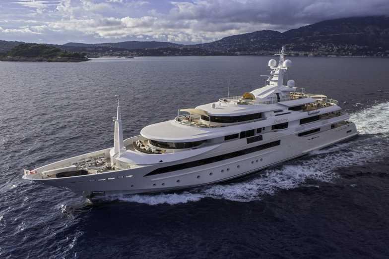 Luxury motor yacht Chopi Chopi by CRN