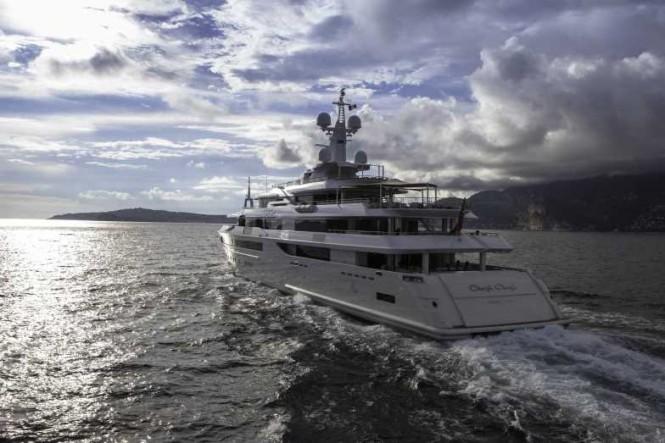 Luxury yacht Chopi Chopi - aft view