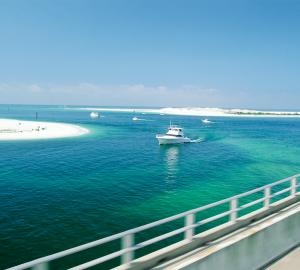 Bahamas and Florida Yacht Charter