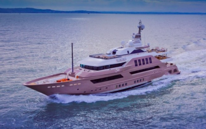 Luxury motor yacht J'Ade by CRN