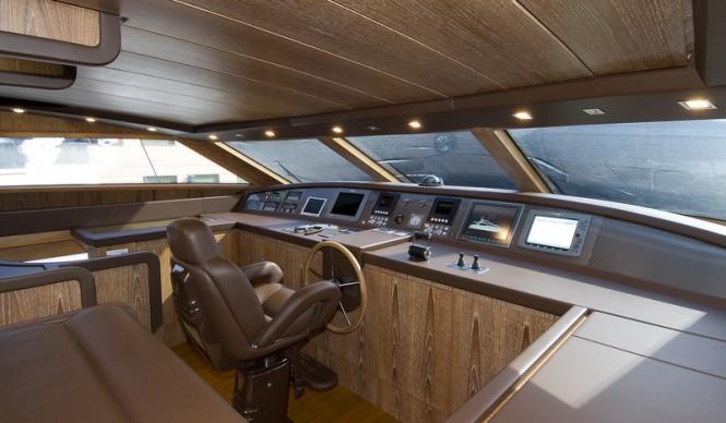 Luxury yacht Marcelina - Wheelhouse
