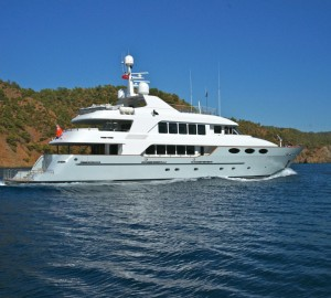 KEYLA superyacht with refit by RMK and new interior design by Hot Lab wins SBID Design Award