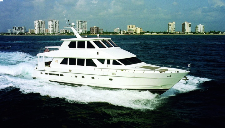 81' Hargrave Sky Lounge Yacht Pretty Lady
